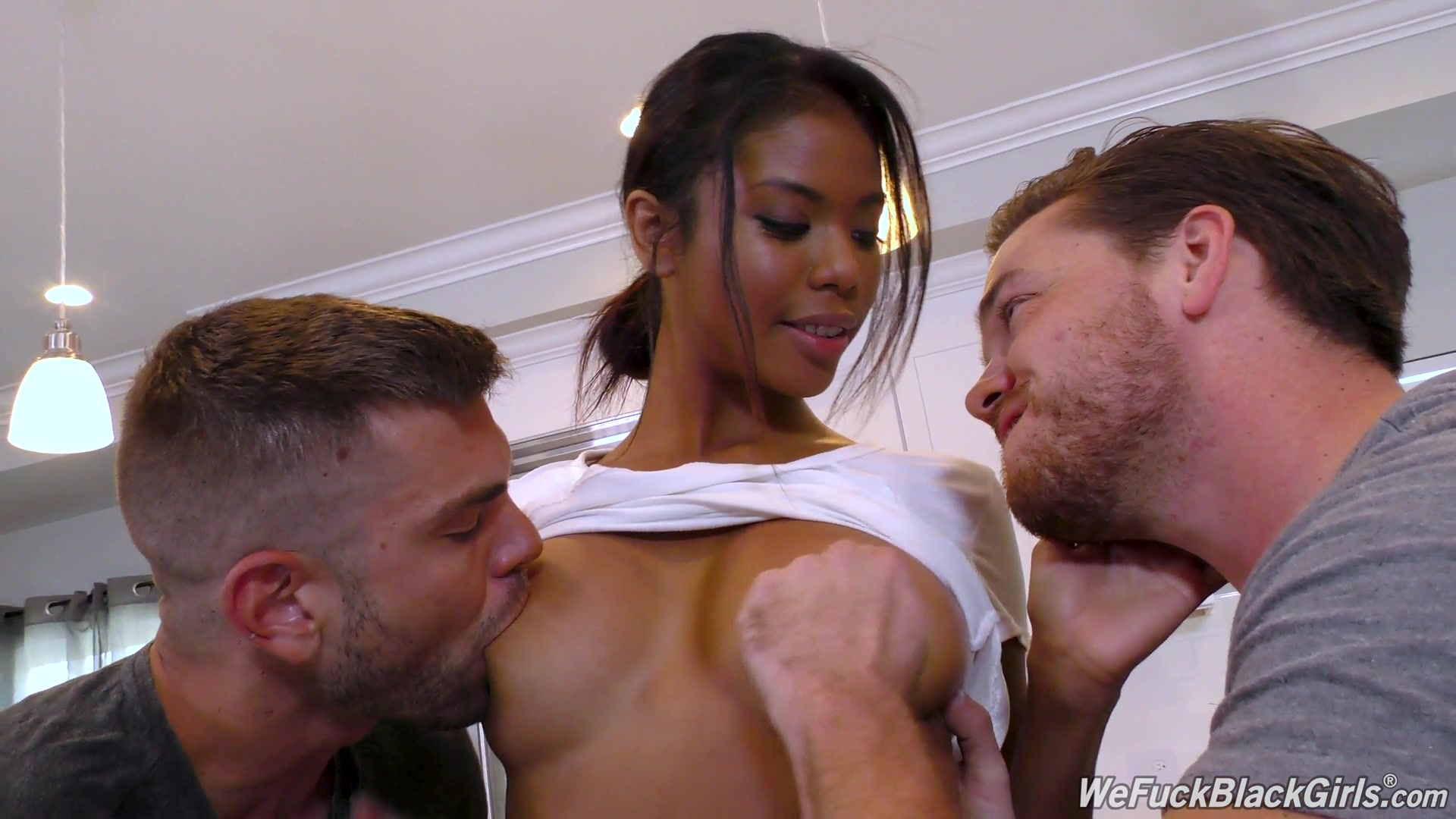 Ebony Tranny Fucking Guy